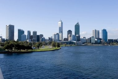 PERTH FREE & EASY PACKAGE